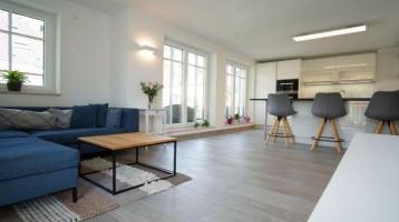 Hochwertige helle 3-Zimmer Wohnung mit Tiefgaragenstellplatz Nähe Olympiapark
