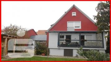 Scheinfeld - renoviertes 1-2 Familienhaus + große Halle + div. Nebengebäude