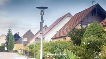 Zwangsversteigerung Haus, Neustadt in Bad Lobenstein