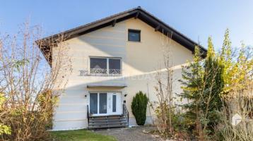 Vermietetes MFH mit 3 WE, Balkon, Terrasse und großem Garten in Eisenbach
