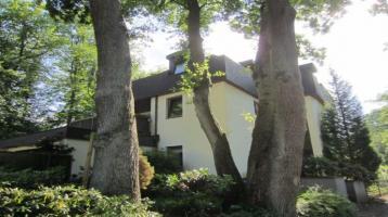 KEINE Maklerprovision - Große 2-Zimmer-Wohnung mit Dachterrasse