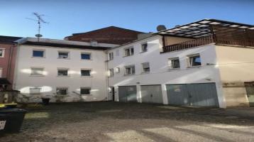 Mehrfamilienhaus mit 4 Wohnungen und Dachterrasse zu verkaufen!