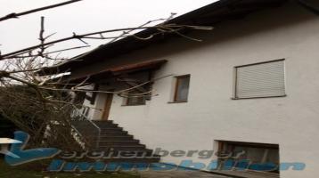 Immobilien Lerchenberger: Doppelhaushälfte mit 2 Garagen in Frontenhausen