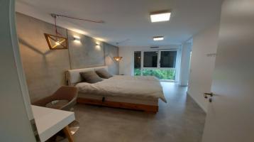 Neubau - Modernes Architektenhaus mit viel echte Betonoptik möbliert in Schwabach