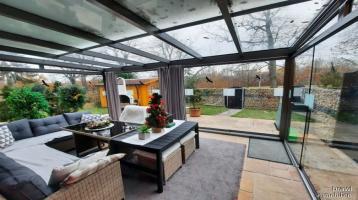 Hochwertig saniertes Reihenendhaus in toller Lage Zirndorfs - Wintergarten - 2 Balkone - 2 Garagen