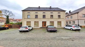 Historisches Wohn-und Geschäftshaus mit Ladenlokal & Stellplätzen in zentraler Lage von Burgebrach