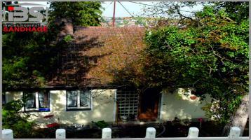 Freistehendes Einfamilienhaus mit Traumaussicht über Würzburg in ruhiger und exklusiver Lage in Höchberg