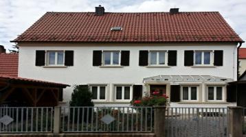Großes Einfamilienhaus im Zentrum von Burgkunstadt