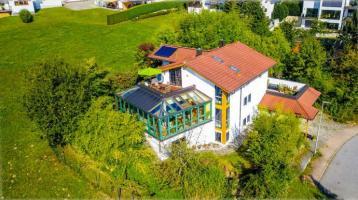 """""""FOSSIL"""" - Feng Shui Villa - Luxusoase zum Wohlfühlen in bester Wohnlage in Vilshofen an der Donau *** NEU *** EXKLUSIV *** Engel & Völkers"""