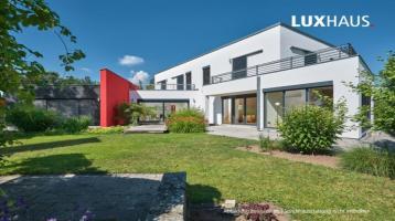 LUXHAUS - Kubus - chic, ökologisch und individuell .....