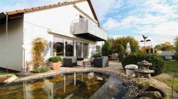 Wohnkomfort und Platz für Familien: EFH mit Sauna und Garten in grüner Wohnlage unweit von Nürnberg