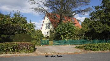 Zwangsversteigerung Haus, Düsseldorfer Straße in Nürnberg