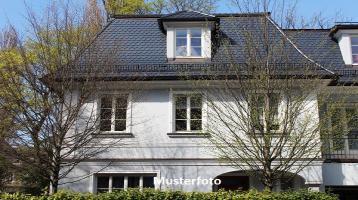 Zwangsversteigerung Haus, Kleemannstraße in Cham