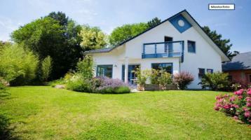 Zweifamilienhaus in 91088 Bubenreuth, Hans-Paulus-Str.