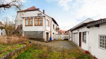 Versicherung übernimmt Sanierung! Einfamilienhaus mit Potenzial in ruhiger Lage mit Garten