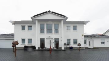 Schickes Einfamilienhaus mit Einliegerwohnung in Greding