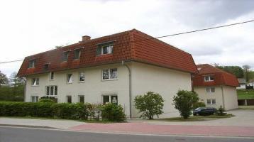 3-Raum-Wohnung mit Balkon und Garage in ländlicher Gegend