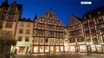 Wohn- u. Geschäftsgebäude in 08223 Falkenstein, Schloßstr.