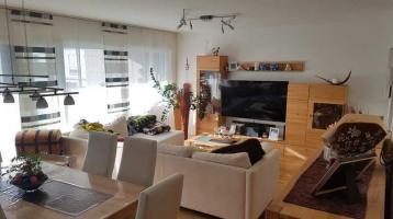 moderne 4-Zimmer-Wohnung mit Balkon in Knielingen 2.0