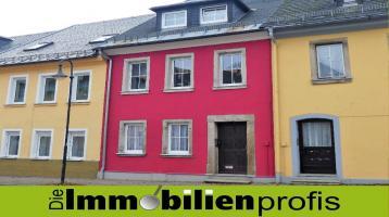 1468 - Stadthaus mit Gewerbeeinheit in zentraler Lage von Helmbrechts