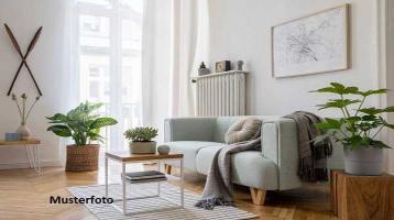WOHNUNG MIT 179 m² WOHNFLÄCHE (inkl. Balkon/Terrasse)