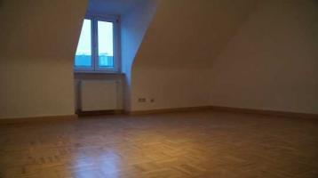 Vollständig renovierte 3-Zimmer-Wohnung mit Einbauküche in Moritzgasse, Würzburg
