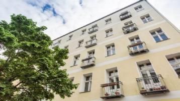 Vermietete 2-Zimmer-Altbauwohnung mit Balkon