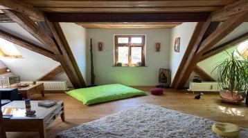 Historische besondere Dachgeschosswohnung zentral in Schwabach
