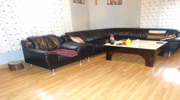 1 3 6 qm FAMILIEN- Wohnung mit 6 Zimmer in ruhiger Anwohnerstaße + kurzfristig F R E I