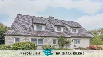 OHNE KÄUFERPROVISION! Lage, Lage, Lage: Großes Wohnhaus mit Stil in idyllischer Lage in Achim-Baden