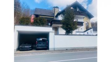 Geräumige Villa an Staatsstrasse bei Happurg/Hersbruck zu verkaufen