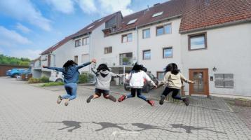 Gegen Gebot: Familienhaus mit Einliegerwohnung & kinderfreundliche Wohnatmosphäre