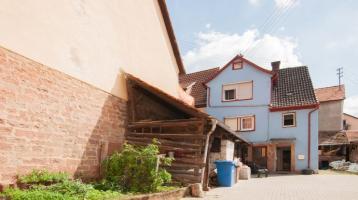 Handwerker aufgepasst! Einfamilienhaus mit viel Potential in Hasloch