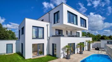 Außergewöhnliches Einfamilienhaus mit Einliegerwohnung in Stadtrandlage