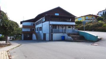 Renovierungs- Sanierungsbedürftiges Mehrfamilienhaus mit 5 Wohnungen, in zentraler Lage der Gemeinde Hohenwarth, Nähe der Stadt Bad Kötzting