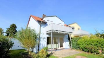 Aufgepasst - Doppelhaushälfte mit Garten, Balkon und Garage!