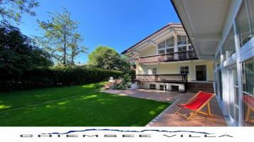 VERKAUFT! Lebensqualität am Chiemsee. Luxuriöse Villa mit Pool von Chiemsee Villa Immobilien