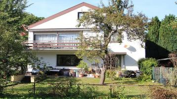 Großzügiges Einfamilienhaus mit Einliegerwohnung