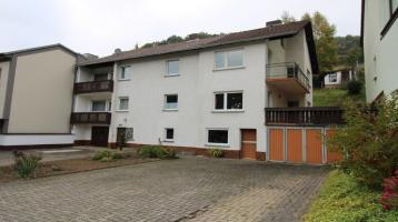 Greifen Sie zu und packen Sie's an: großes Zweifamilienhaus in Wintersbach