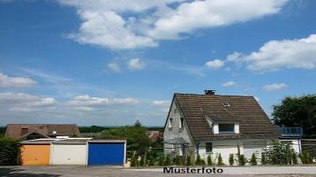 Zwangsversteigerung Haus, Martin-Stegmüller-Straße in Dentlein/Forst