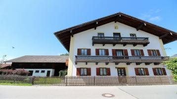 Rarität! Historisches Bauernhaus im Ortskern von Vogtareuth