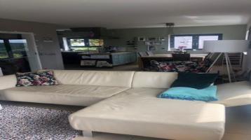 Neu! Jüngeres freistehendes Einfamilienhaus in Uettingen!
