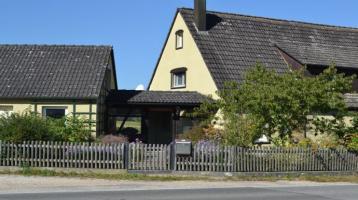 Einfamilienhaus + Nebengebäude für Handwerker - großes Grundstück in Alleinlage, Doppelgarage, 2 x Carport...