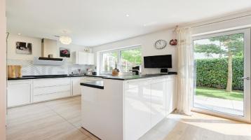 ENGEL & VÖLKERS - Exklusives Einfamilienhaus mit über 245 m² Wohn- /Nutzfläche in Top Lage!