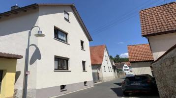 Gepflegtes Mehrfamilienhaus mit drei Wohnungen in Karlstadt