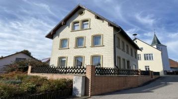 Großes, freies Einfamilienhaus in Stöckelsberg/Berg