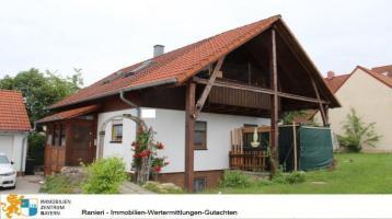 GRUNDBUCH STATT SPARBUCH ! Einfamilienhaus mit Doppelgarage & herrlichem Garten