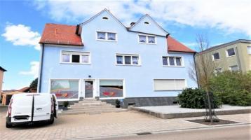 Investoren und Kapitalanleger aufgepasst! Vollvermietetes MFH inkl. Gewerbe und Garagen in Bechhofen
